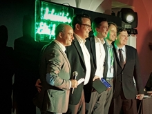 Lors de la remise du prix 'Partner Elite 2017', étaient présents ( de gauche à droite sur la photo) : Olivier Boynard, Strategic Segment Manager – Europe & France Operations- IT Division - Schneider Electric, Jérôme Wagner, Head of Secure & Efficient Electrical Energy - CEL, Kenny Mertens, Channel Account Manager – Belgium & Luxembourg - IT Division- Schneider Electric, Carlo Nies, Sales Director - Partner - CEL,  Robert McKernan, Senior Vice President IT – Europe Region & Global Channel - IT Division - Sch